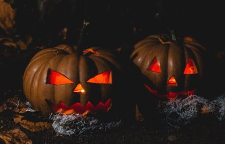 image citrouilles d'halloween éclairées